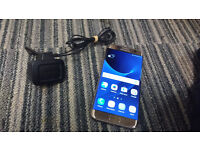 Samsung Galaxy S7 Edge unlocked 32GB with charger for £390.00