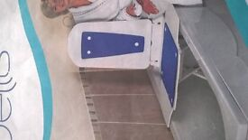 Bathmaster Deltis bathing chairlift aid.Excellent condition.Was 485 new.With carry case