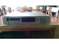 AKAI S3000XL 32MB 8 output sampler - fantastic old school sampler