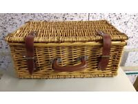 Picnic basket . Wooden