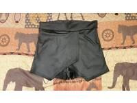 Fake leather skirt shorts S/M