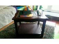 Glass top mahagony coffee table