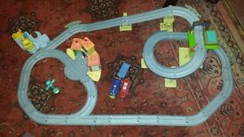 Chuggington Interactive Train Set plus Bridge & Tunnel Set
