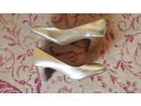 M & S Footglove Gold Leather Cushioned Court Shoes Size 3.5 Ex. Cond. (Worn for 4 hours only)