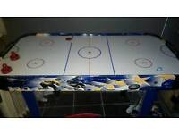 Air hockey table excellent condition