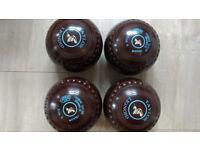 Taylor Lawn Bowls Unused size 4