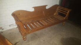 Keen pine pine sofa/chaise
