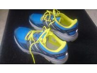 Salomon mens trainers size 10 UK