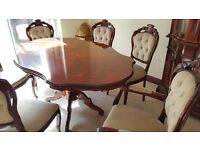 CLASSIC ITALLIAN DINING TABLE AND SIX CHAIRS (2 CARVERS)