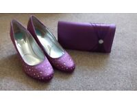 Wedding shoes & bag dyed to match outfit. Shoes size 40.