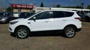 2017 Ford Escape SE AWD, Heated Seats, Backup Camera, Paddle Shi