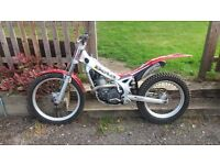 BETA REV 3 250 TRAILS OFF ROAD BIKE 2004