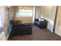 Spacious 1bedroom apartment in East Kilbride available for long or short term let