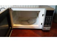 Sharp 800W Microwave - All usual functions - works well - CAN DELIVER