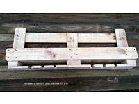 reclaimed pallet wood wine rack, bespoke artisan woodcrafts
