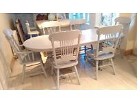 LARGE EXTENDING DINING TABLE AND 6 CHAIRS