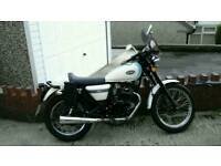 SINNIS CAFE RACER 125 CC IN EXCELLANT CONDITION 2015 MODEL WITH VERY LOW MILES