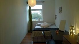 AMAZING DOUBLE ROOM for single occupancy