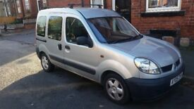 For Sale Renault Kangoo 1.5 Dci Easy Fix. spares repair Give part included.Drive fine/most new parts