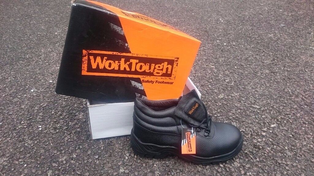 Brand New Safety shoes Footwear WorkTough boots Never been used SIZE UK 8 EU 42 Very cheap