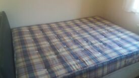Small double room in professional house share ref37ss-2