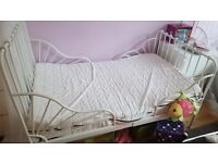two single children beds ,adjustable from 135cm-206cm. it grows up with your child