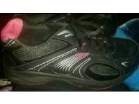 Trainers worn once size 8
