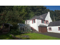 Detached 1 Bed Cottage- situated in prime location in Bowling village