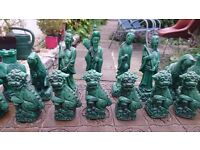 Decorative oriental chess set, good condition.