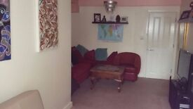 Spacious 1 bed flat for 2/3 bed house