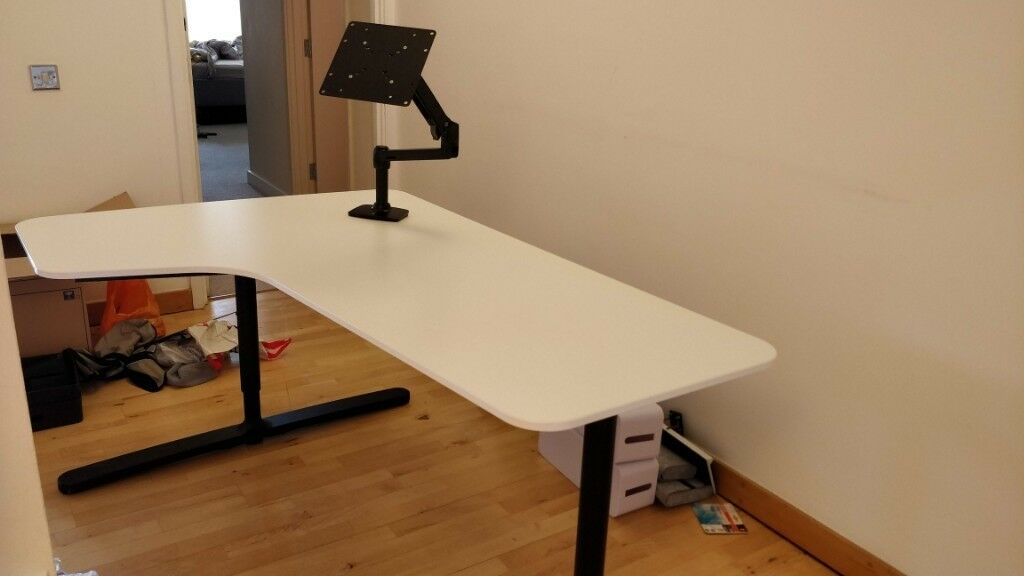 Outstanding Ikea Bekant Desk With Heavy Duty Monitor Arm In Tower Hamlets London Gumtree Home Interior And Landscaping Spoatsignezvosmurscom
