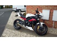 Triumph Street Triple R ABS. White. 2015. Only 670 dry miles.
