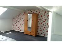 To let share rent double room Bolton town centre.manchester bl1 single room Professional or students