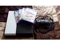 Playstation 4 500GB with 5 games + Controller! (Black/White)