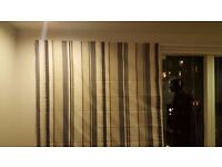 Good quality, blue/grey striped blinds