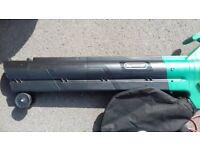 Qualcast 2800W Leaf Blower and Vacuum
