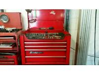 Snap on top tool box