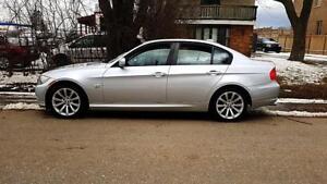 2011 BMW 3 Series 328i xDrive P.LEATHER Heated seats,NAV,Certifi