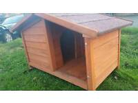 Wooden outdoor small dog house kennel