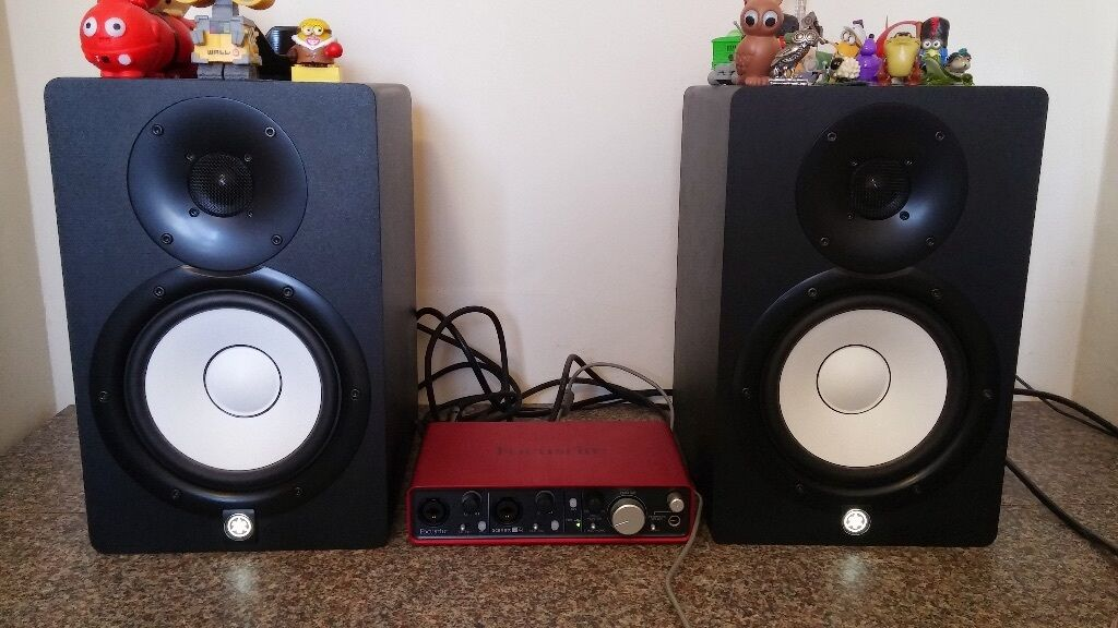 yamaha hs7 monitors focusrite scarlett interface as. Black Bedroom Furniture Sets. Home Design Ideas