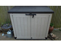 Keter Store It Out Max Plastic Garden Tool Storage Shed Allotment Wheelie Bin