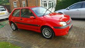 Fiesta Zetec S 1.6 Spares or repair 2001 Red