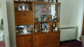 Wall unit with drinks cabinet