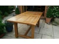 Lee longland Oak veneer table with 6 chairs