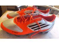 Mens adidas football boots size 9. Vgc