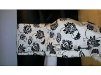 ***Black and ivory velour baroque/flock print lined curtains 90x90***