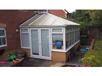 Conservatory: Windows, doors, roof, blinds