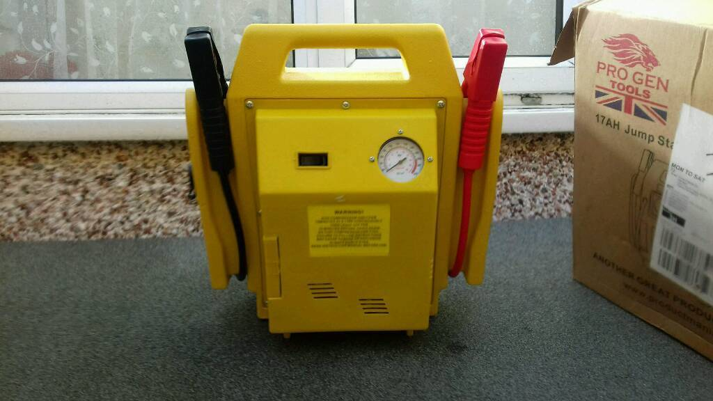 Battery jump air compressor