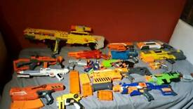 17 nerf guns job lot.