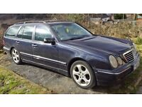 2001 MERCEDES W210 E320CDi AVANTGARDE 7 SEAT DIESEL AUTO ESTATE 1 YEARS MOT. 1 OWNER FROM NEW F/S/H